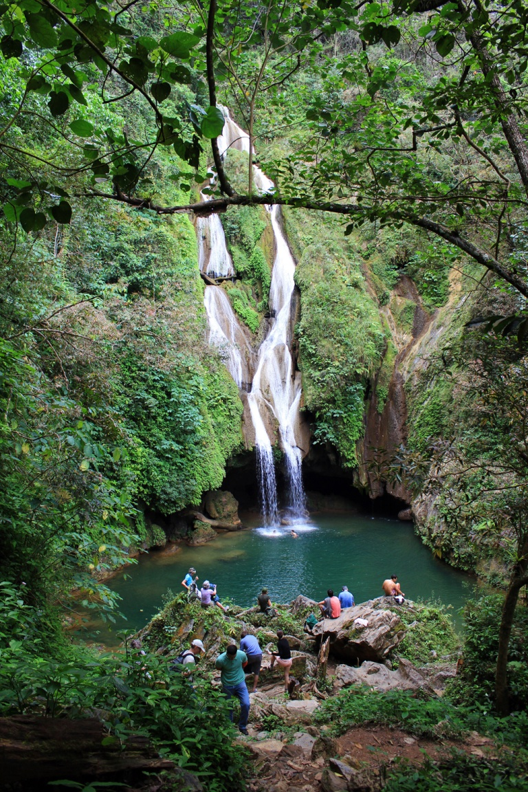 Vegas-Grandes-waterfall,-Topes-de-Collantes,-Cuba